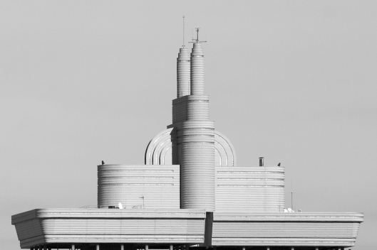 """El """"enchufe"""" de las Torres de Colón"""