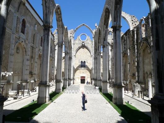 Ruinas del convento do Carmo