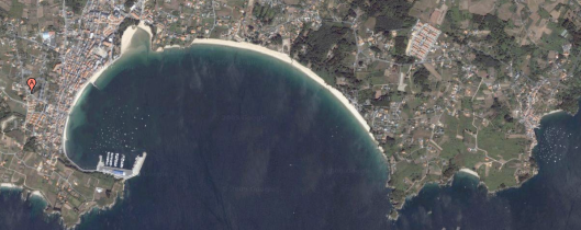 Ares (izquierda) y Redes (derecha), en la costa de la provincia de La Coruña