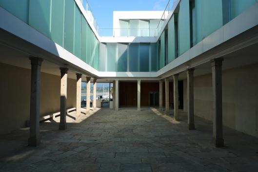 Fundación Seoane (antiguo patio de armas)