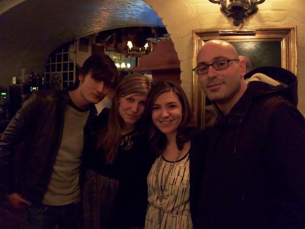 Cena con amigos en Gemma