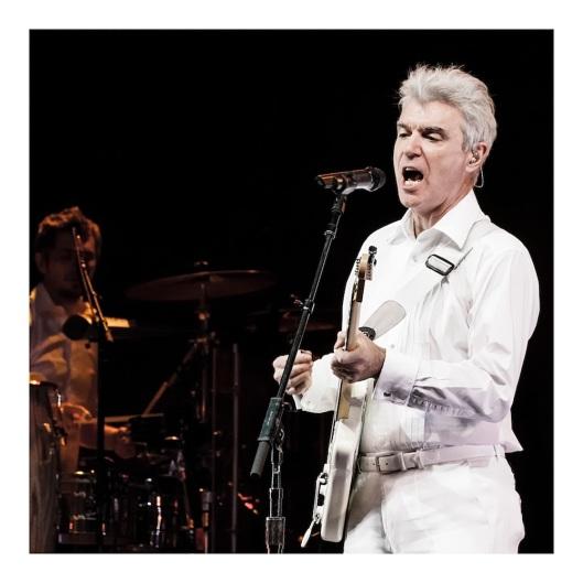 Una de las fotos de David Byrne que había descartado y, ahora, quizá la que más me gusta de todas.
