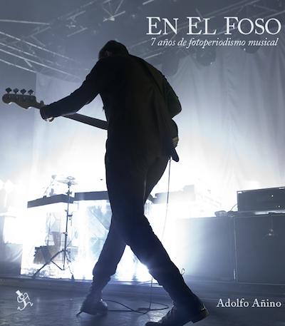 """Portada provisional del libro """"EN EL FOSO. 7 años de fotoperiodismo musical""""."""
