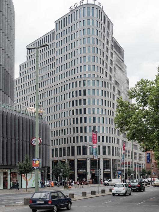 El edificio de Jan Kleihues es uno de los emblemáticos de Kurfürstendamm.