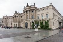 Universidad de Humboldt, en la Bebelplatz.