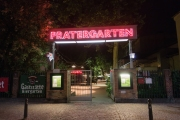 Entrada del Berliner Prater Garten.